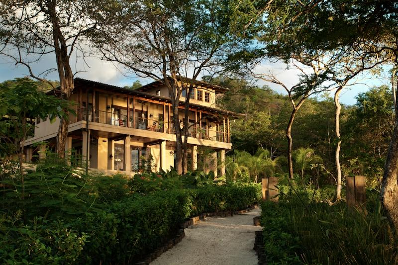 Welcome to kauai villas costa rican villa rentals for Costa rica house rental with chef