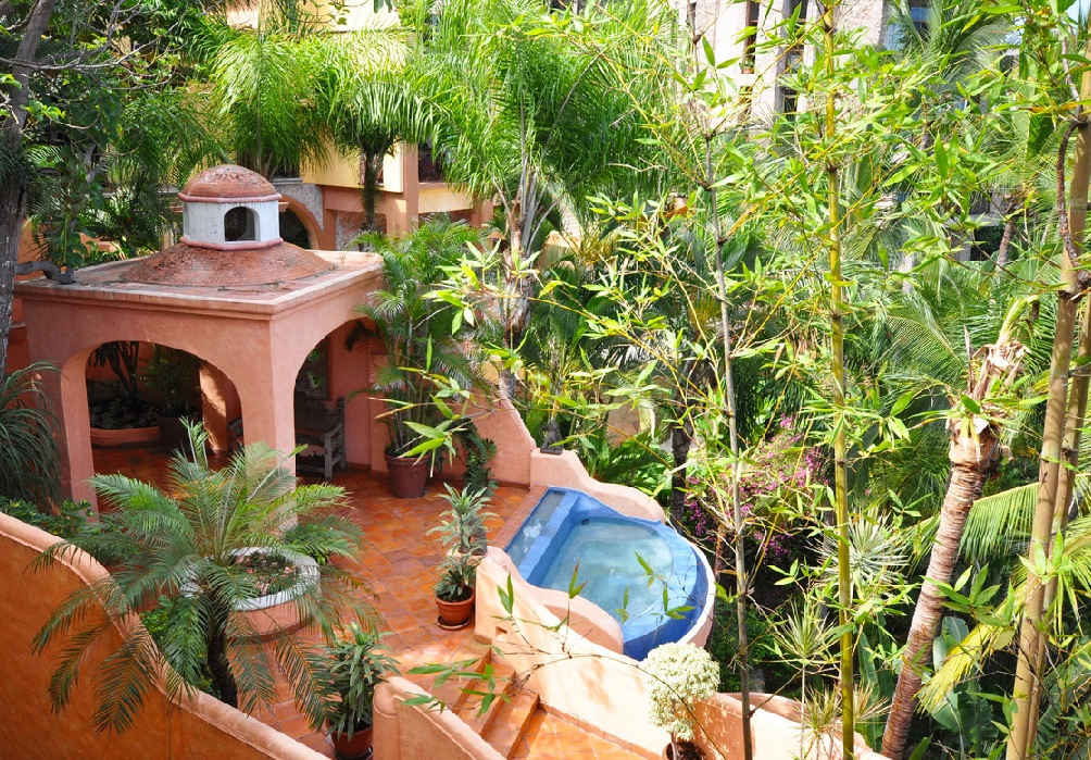 Lower Conchas Chinas, Puerto Vallarta, Mexico | 6 Bdr, 9 Bth